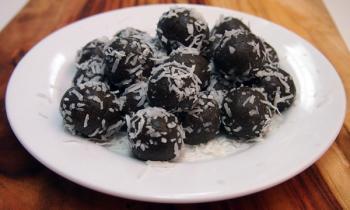 "Ingo's ""Gluten Free"" Raw Super-Food Protein Balls/Bars"