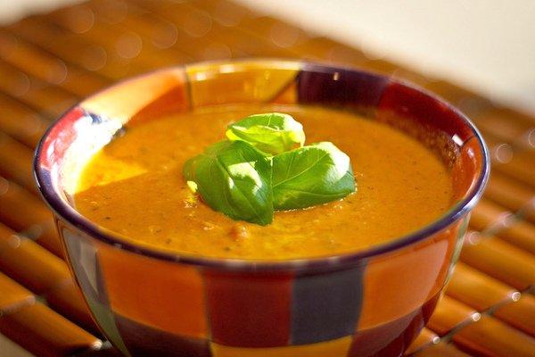 Organic Tomato & Basil Detox Soup